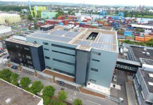 Die neue Produktions- und Lagerhalle